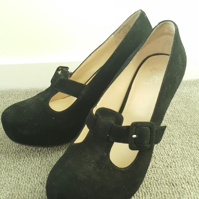 Wittner Black Suede Heels Size 38
