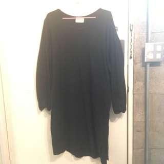 黑寬鬆長版洋裝