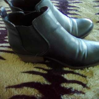 2 For 1 Genuine Leather Boots Worn onces Too Small for my calves Size 7. And Kmart Leather Look Boots Size 8 Both For $30.00