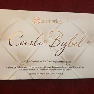 Carli Bybel Eyeshadow And Highlighter Palette