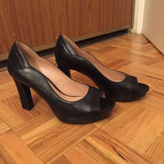Naturalizer Peep Toe Black Pumps - Size 7
