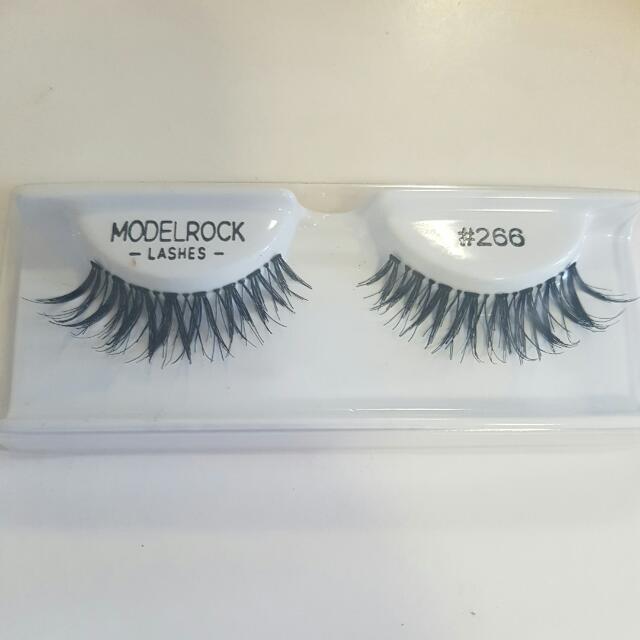 10 X Model Rock Eyelashes #266