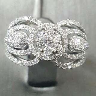 18K白金鑽石戒指 石重共  1,03ct 優惠價:HKD   5750
