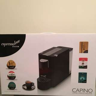 【Only used once】Coffee machine w/ 32 capsules