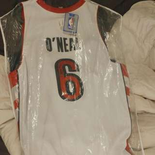 Autentic Jermaine Oneal Signed Jersey