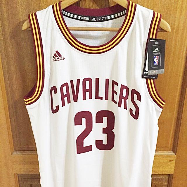 NBA騎士隊小皇帝白色主場球衣