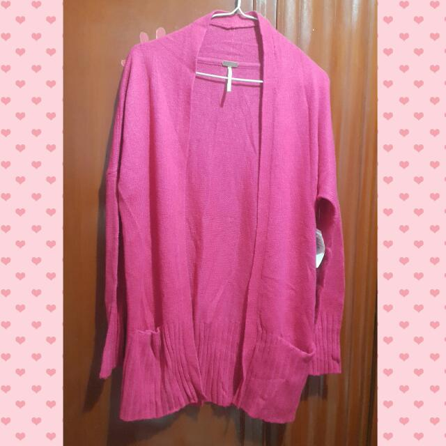 桃紅薄針織外套