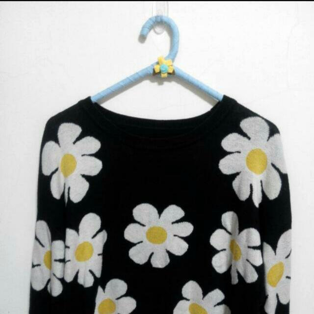 小花黑色 針織毛衣