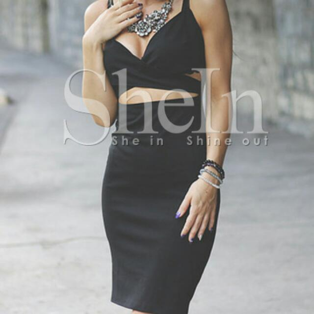 Black Cut Dress (Check The Pictures)