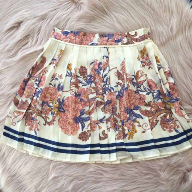 Forever New Pleated Summer Skirt