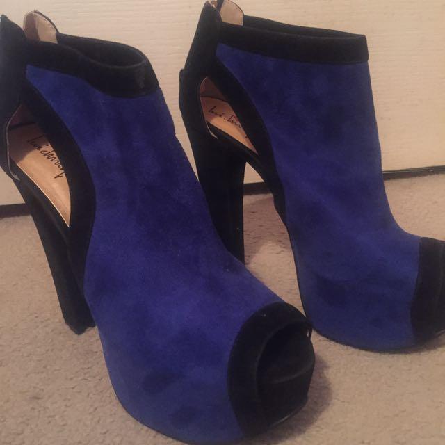 **Heels 4 Sale**