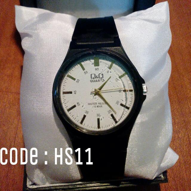 Jam Tangan QnQ Unisex Black Code : HS11
