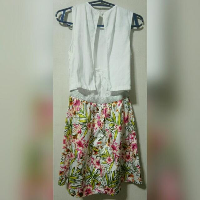 Just G Sexyback Floral Dress