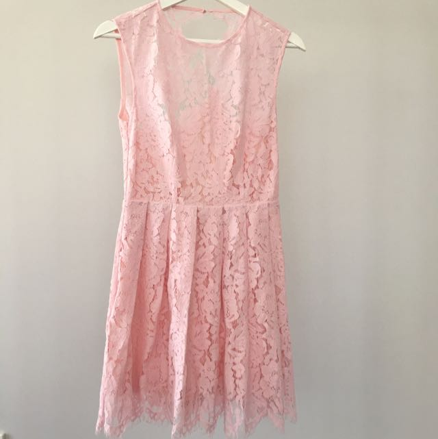Lace Dress With Cut Out Back (Light Pink)