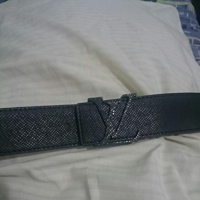 Lv Mens Leather Belt
