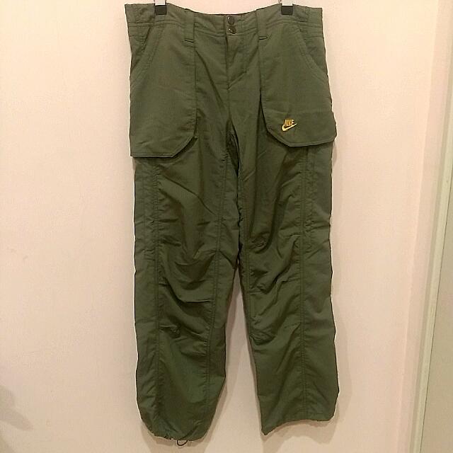 Nike墨綠縮口運動長褲