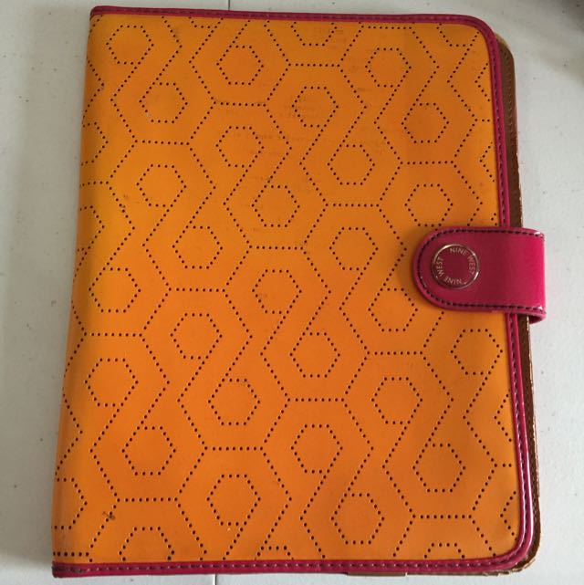 NINEWEST ipad 2 Leather Case