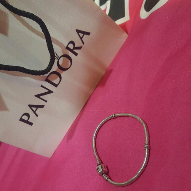 Pandora collier (starter) 21'  Yes! Authentic! 😊