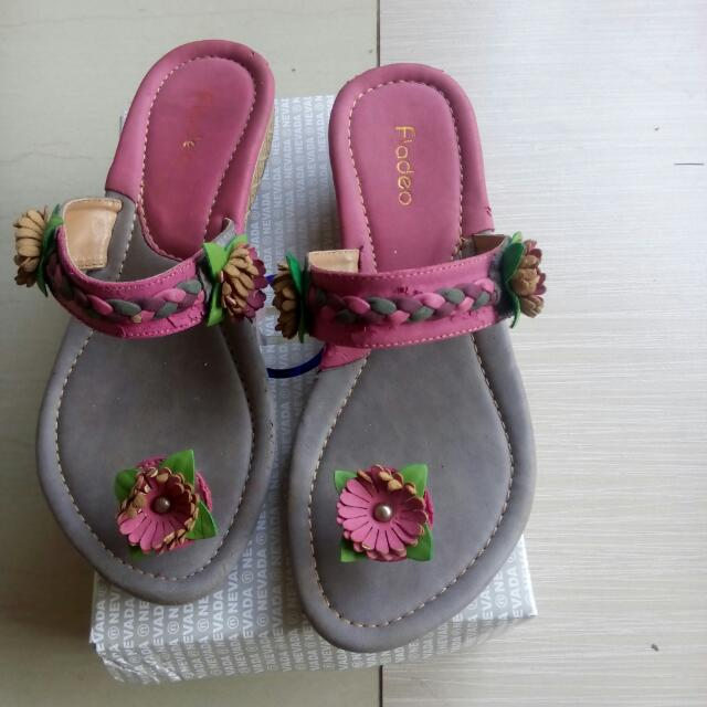 Sandal Anak Perempuan Fladeo