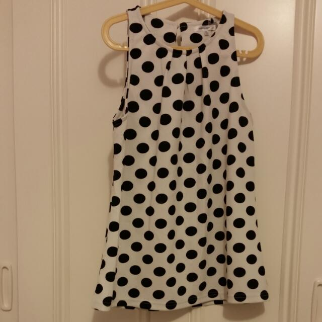 Sleeveless Blouse Dotted Size 8