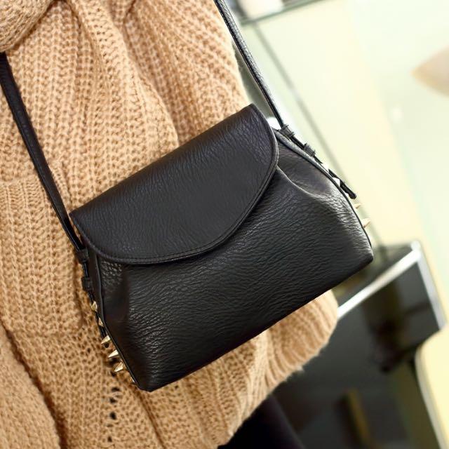 🆓📮Small Sling Bag