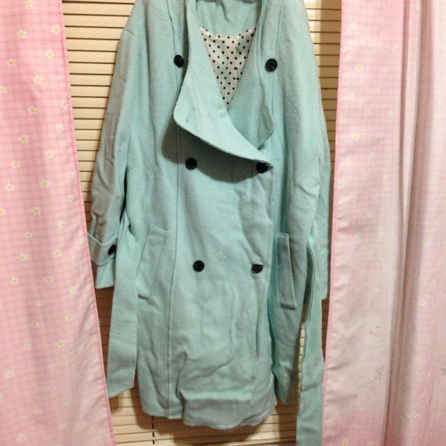 Tiffany綠 厚大衣