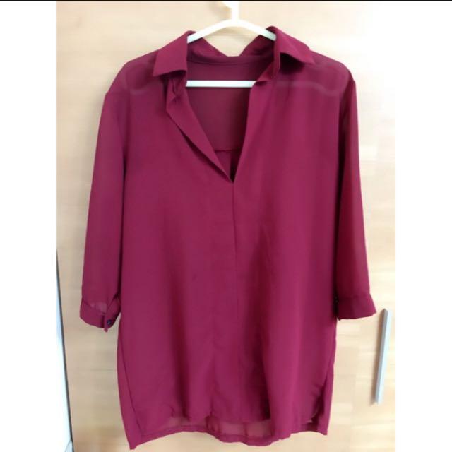 酒紅色V領七分袖襯衫