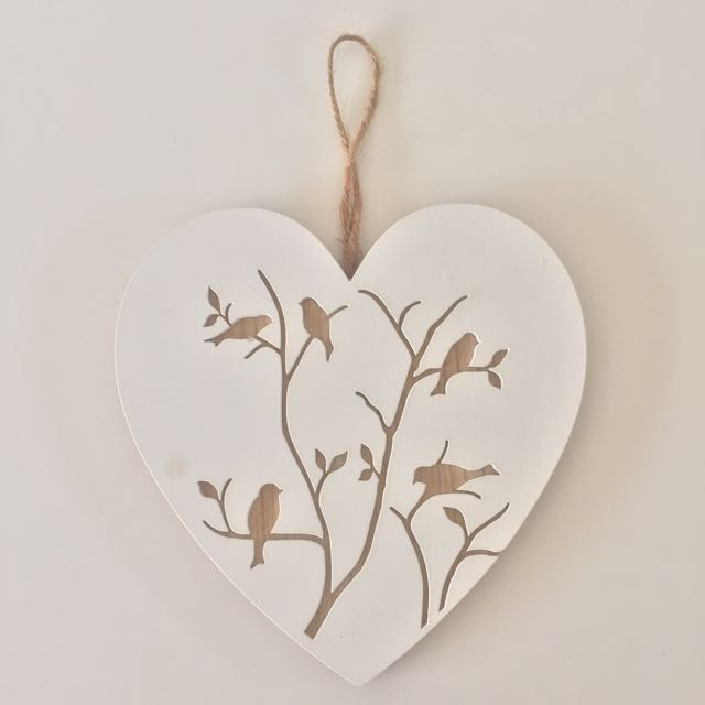 Wooden Heart-shaped Wall Deco