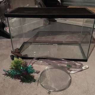 10 Gallon Aquarium Tank With Fish Accessories