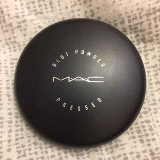 MAC Medium dark blot Powder