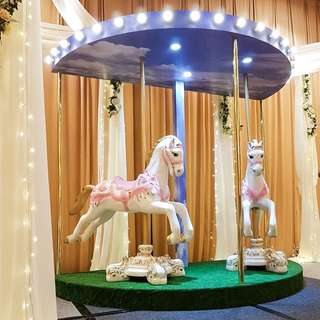 FOR RENT: Jumbo Carousel