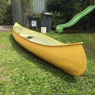 15 Ft Canadian Canoe + Life Jackets + Paddles