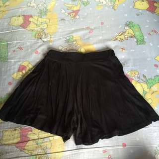 裙褲 / 襪褲