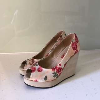 花花楔形魚口高跟鞋