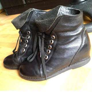 Auth Leader Boots