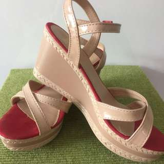 DMK Nude Red Wedges