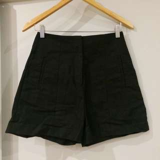 COUNTRY ROAD - Size 4 High Waisted Shorts
