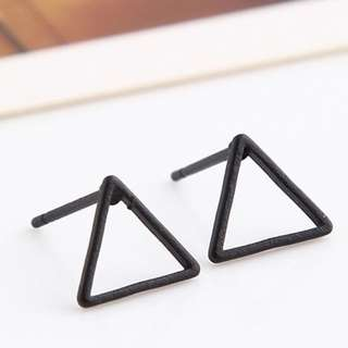 Korean Inspired Hollow Triangle Earring (1002)