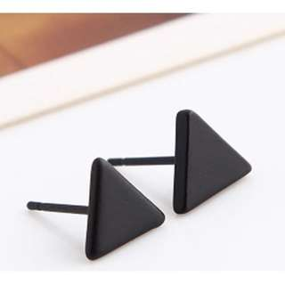 Korean Inspired Solid Black Triangle Earring (1003)