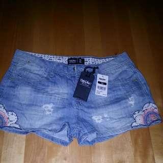 Brand New牛仔短褲