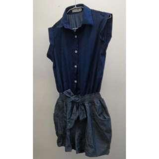 藍色連身短褲