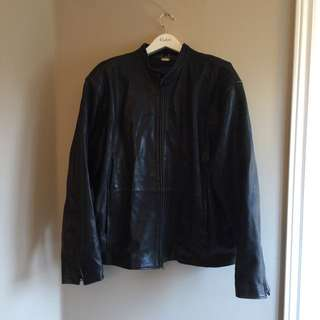 Danier Leather Jacket XXL - Zip Up