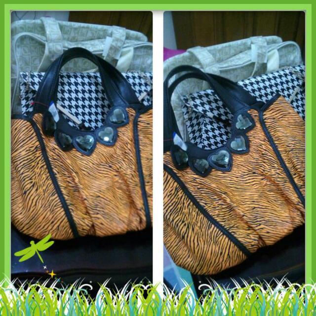 Christmass sale!!  Crystal Handbag