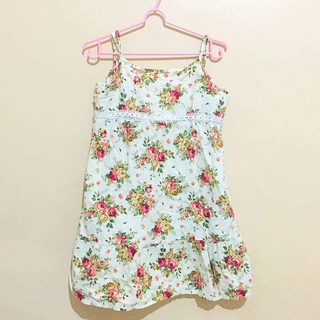 Floral short dress (Reserved)