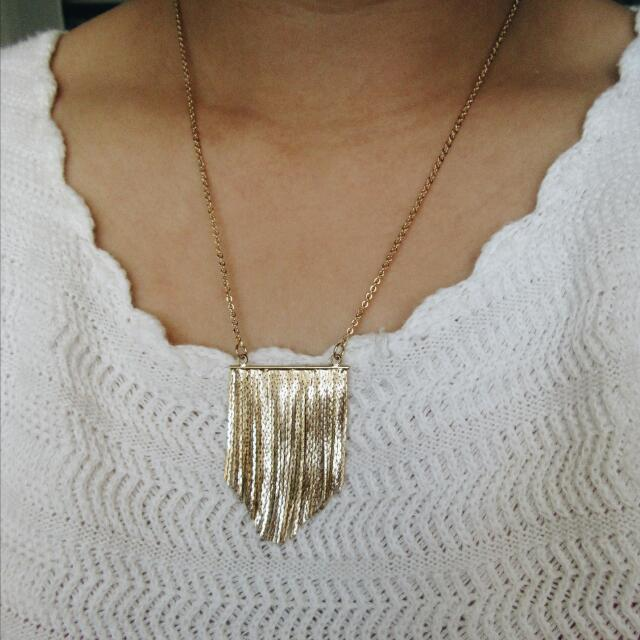 *REDUCED* Gold Fringe Necklace