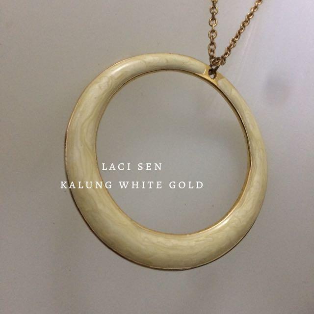 Kalung White-Gold