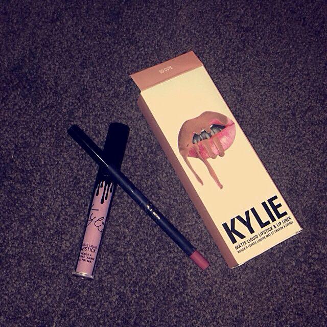 Kylie Jenner Liquid Matte Lipstick - So Cute