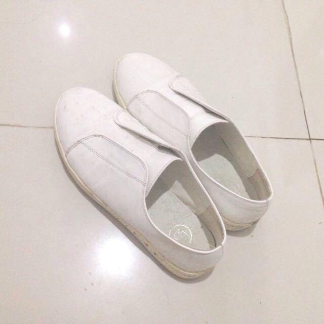 LZD white Shoes
