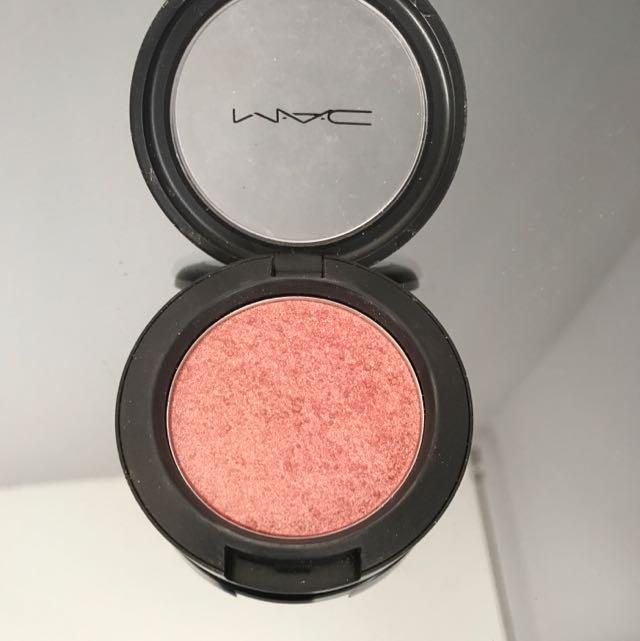 Mac Sheer Shimmer Powder