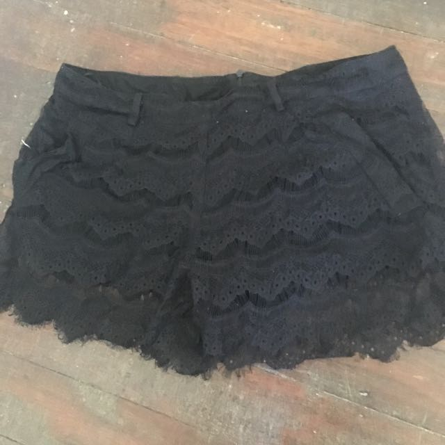 Maurie & Eve black Shorts